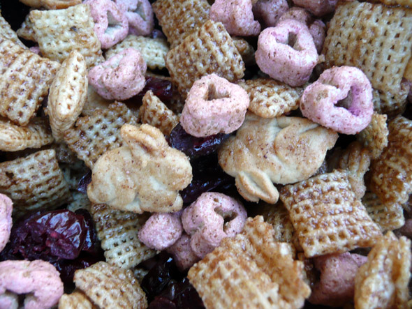 berry bunny love chex mix sumptuous spoonfuls