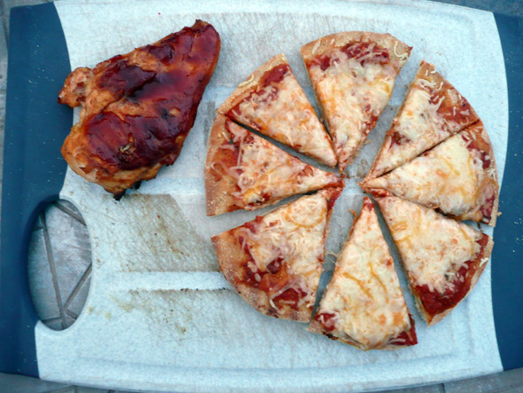 My Daughter's Dinner: Barbecue Chicken and Grilled Cheese Pizza