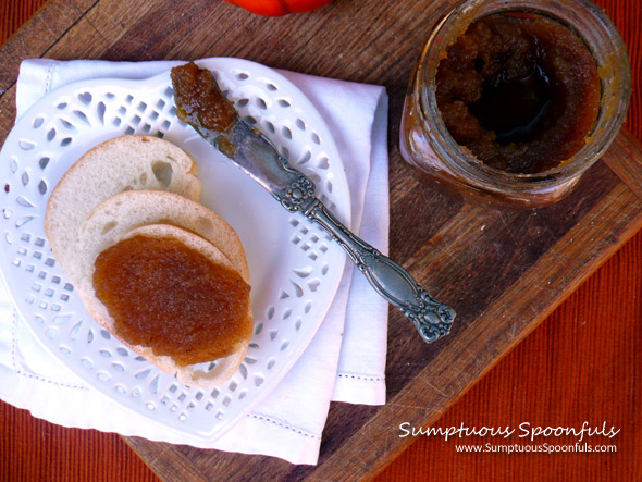 Maple Amaretto Pumpkin Butter ~ Sumptuous Spoonfuls #pumpkin #recipe
