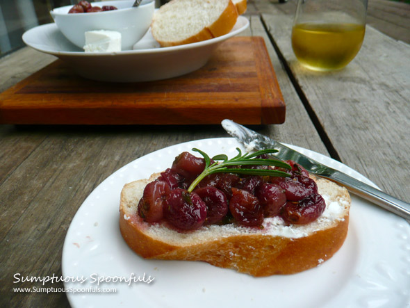 Rosemary Roasted Grapes with goat cheese & french bread ~ Sumptuous Spoonfuls #roasted #grapes #appetizer #recipe