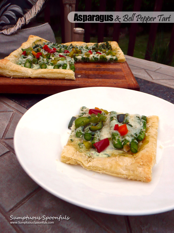 Asparagus & Bell Pepper Tart with fresh herbs, Greek yogurt & two cheeses ~ Sumptuous Spoonfuls #summer #asparagus #appetizer #recipe