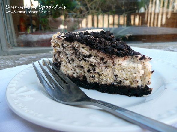 Copycat Cheesecake Factory Oreo Cheesecake