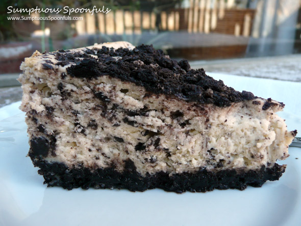 CopyCat Cheesecake Factory Oreo Cheesecake ~ from Sumptuous Spoonfuls #oreo #cheesecake #recipe