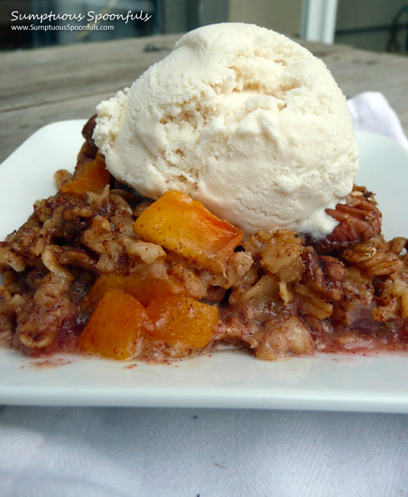 Strawberry Peach Pecan Baked Oatmeal Crumble