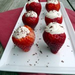 Cannoli Cream-Filled Strawberries ~ Sumptuous Spoonfuls #dessert #recipe