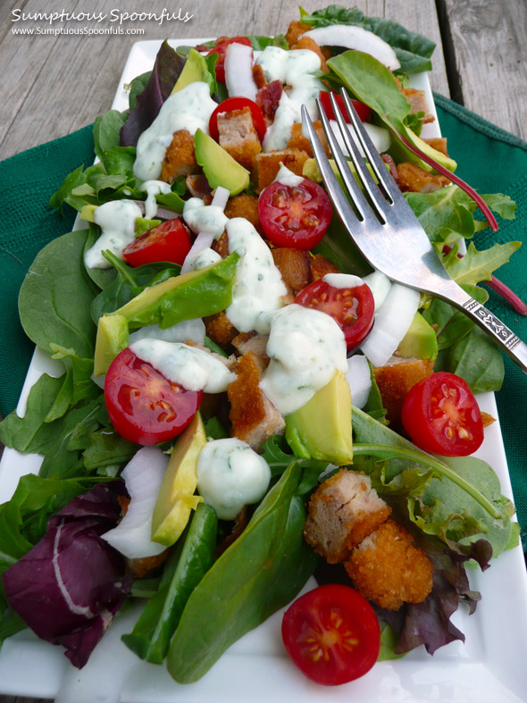 Chicken Bacon Ranch Salad with Avocado & Herb Buttermilk Ranch Dressing ~ Sumptuous Spoonfuls #salad #recipe