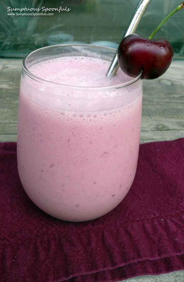 Cherry Cheesecake Smoothie ~ Sumptuous Spoonfuls #smoothie #recipe