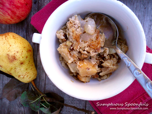 Ginger Apple Pear Crisp Baked Oatmeal