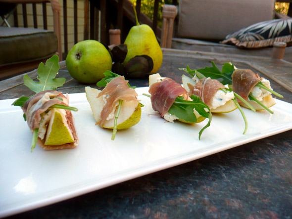 Prosciutto Pear Bites w Herbs & Blue Cheese