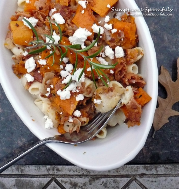 Butternut Bacon Macaroni & Cheese ~ Sumptuous Spoonfuls #pasta #recipe
