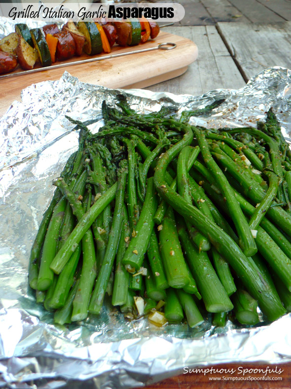 Grilled Italian Garlic Asparagus ~ Sumptuous Spoonfuls #grilled #asparagus #recipe