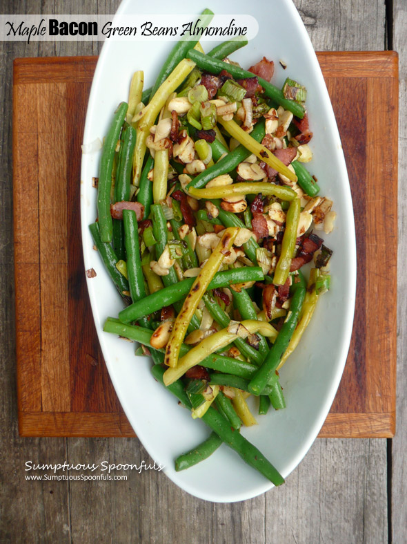 Maple Bacon Green Beans Almondine ~ Sumptuous Spoonfuls #sidedish #greenbeans #recipe