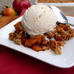 Maple Spice Apple Crisp ~ Sumptuous Spoonfuls #lowsugar #apple #crisp