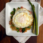 Ham & Asparagus Breakfast QUinoa ~ Sumptuous Spoonfuls #cheesy #breakfast #quinoa #egg #recipe